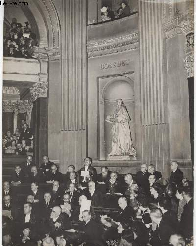 PHOTO ANCIENNE SITUEE -  CHARLES MAURRAS ENTRE A L'ACADEMIE FRANCAISE