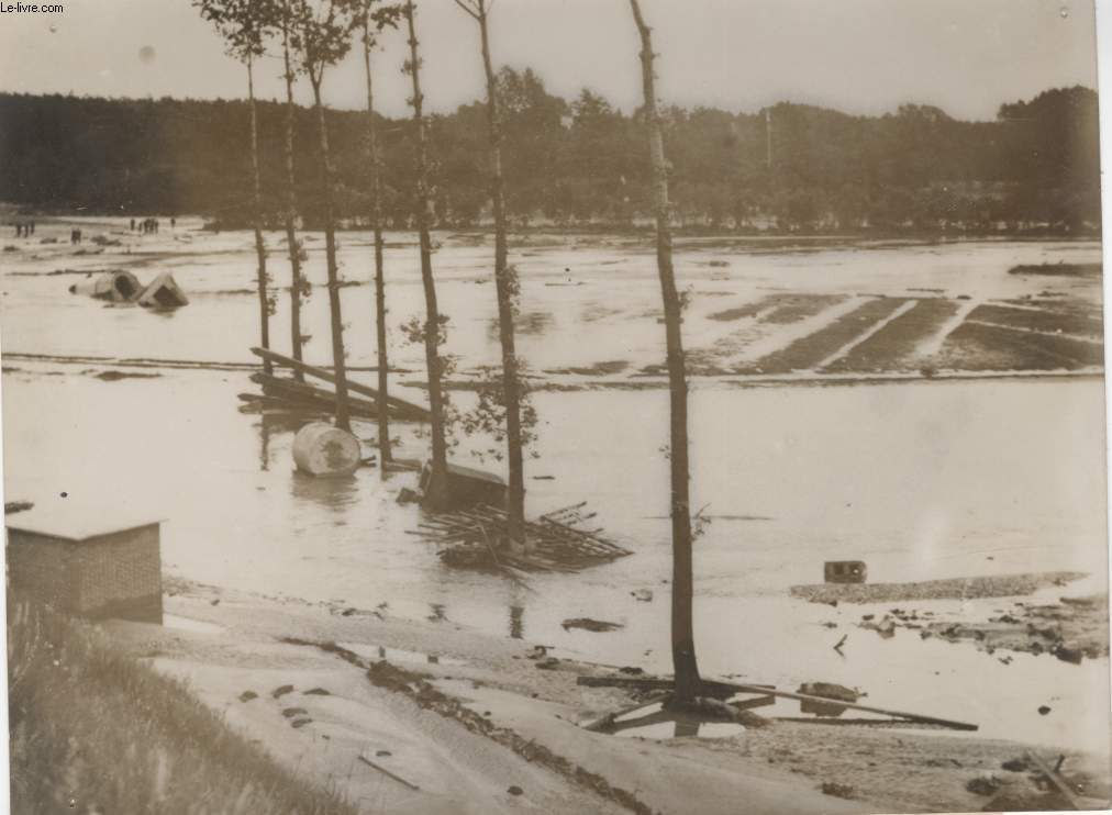 PHOTO ANCIENNE SITUEE - LA CATASTROPHE DU CANAL ALBERT EN BELGIQUE