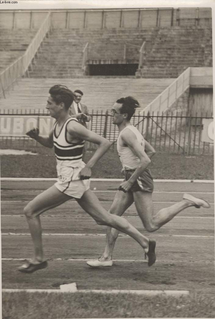 PHOTO ANCIENNE SITUEE - COLOMBES LES CHAMPIONNATS DE FRANCE D'ATHLETISME