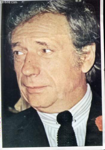 1 PHOTO EN COULEURS DE YVES MONTAND
