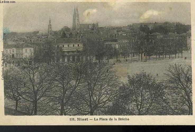 CARTE POSTALE -131 -  NIORT - LA PLACE DE LA BRECHE