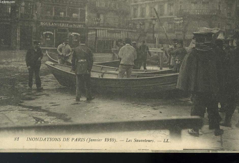 CARTE POSTALE - INONDATION DE PARIS - JANVIER 1910 - LES SAUVETEURS