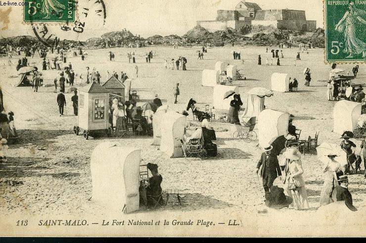 CARTE POSTALE - 113 - SAINT-MALO - LE FORT NATIONAL ET LA GRANDE PLAGE