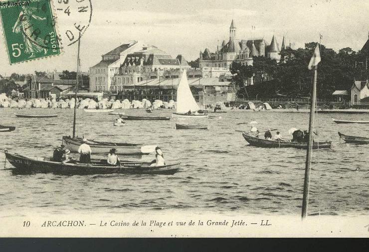 CARTE POSTALE - 10 - ARCACHON - LE CASINO DE LA PLAGE ET VUE DE LA GRANDE JETEE