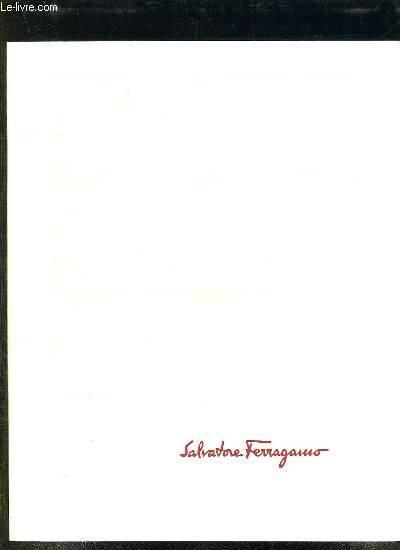 2 CATALOGUES SALVATORE FERRAGAMO. COLLECTION PRINTEMPS ETE 2001.