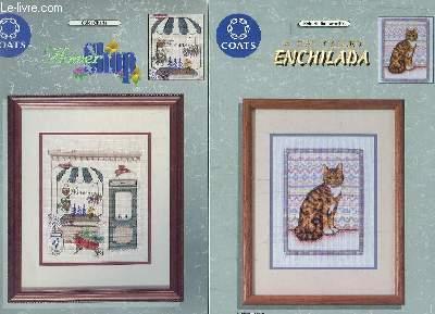 LOT DE 4 PLAQUETTES DE BRODERIE COLOR CHARTS: BY GONES, A CAT CALLED ENCHILADA,  BLOOMIN BUNNY II, FLOWER SHOP. TEXTE EN FRANCAIS , ANGLAIS, ALLEMAND, ESPAGNOL.