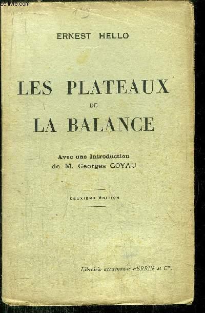 LES PLATEAUX DE LA BALANCE