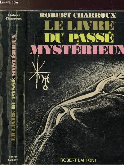 LE LIVRE DU PASSE MYSTERIEUX