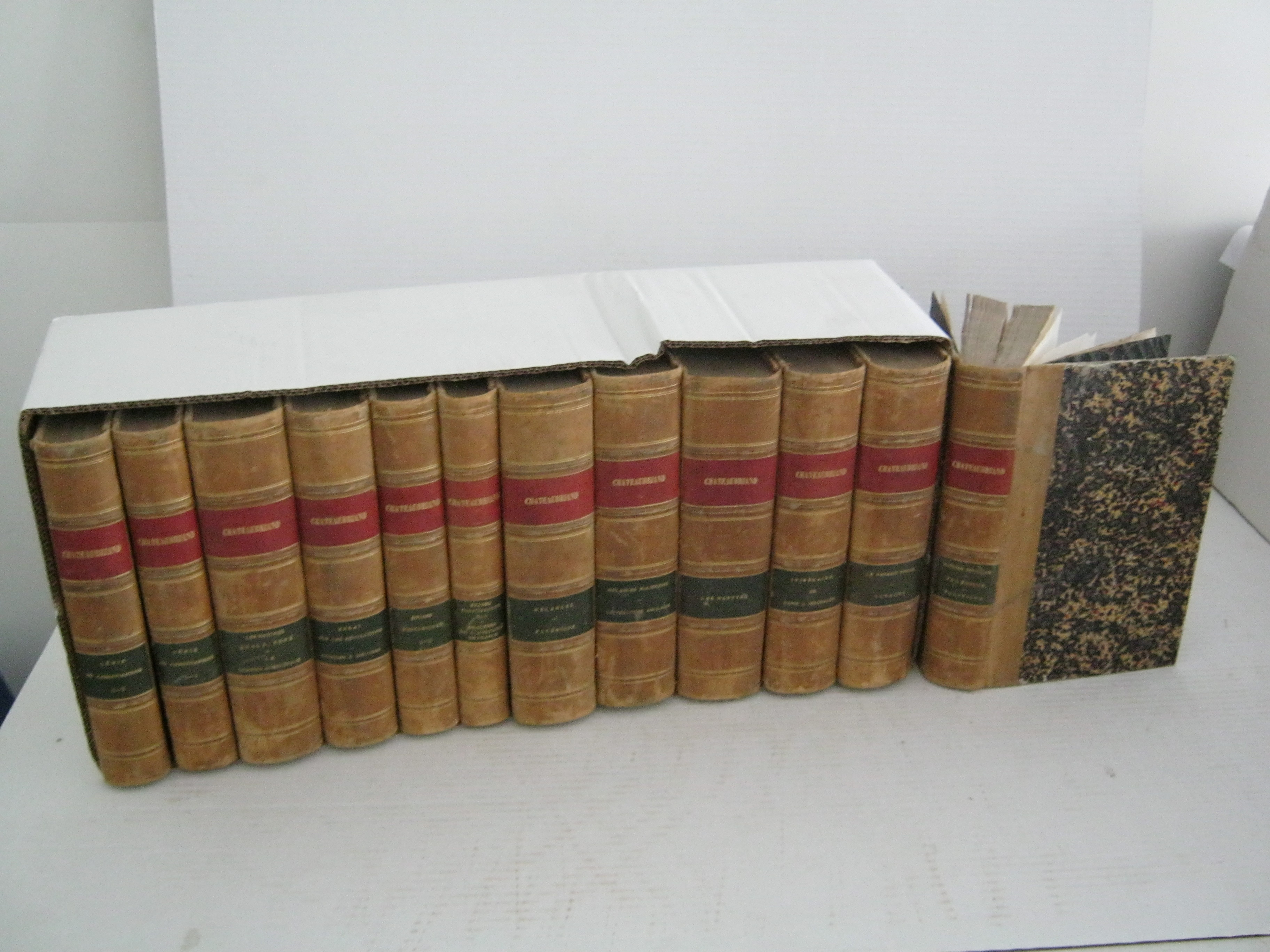 OEUVRES. 12 VOLUMES.