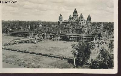 1 PHOTO-CARTE POSTALE EN NOIR ET BLANC DIMENSION 9 X 14 Cm : CAMBODGE - ANGKOR - SES MONUMENTS ADMIRABLES.