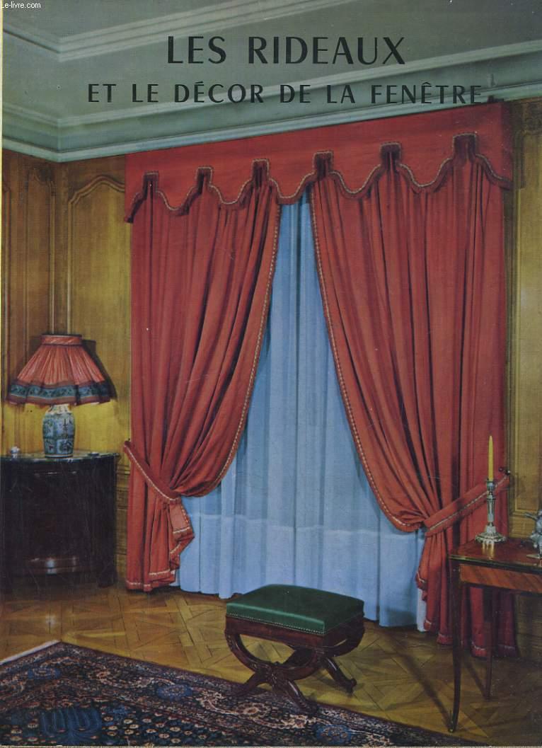 les rideaux et le decor de la fenetre myriam gallotti. Black Bedroom Furniture Sets. Home Design Ideas