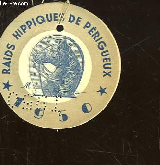 1 MACARON RAIDS HIPPIQUES DE PERIGEUX