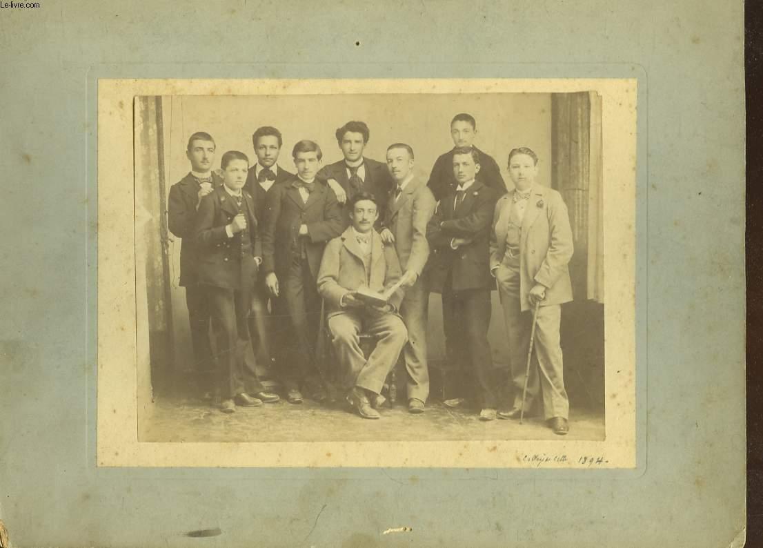 1 PHOTO ANCIENNE D'UN GROUPE D'HOMME DU COLLEGE DE CETTE