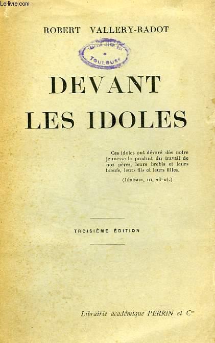 DEVANT LES IDOLES