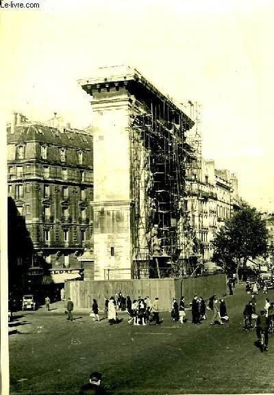 Une photographie originale, en noir et blanc, d'une
