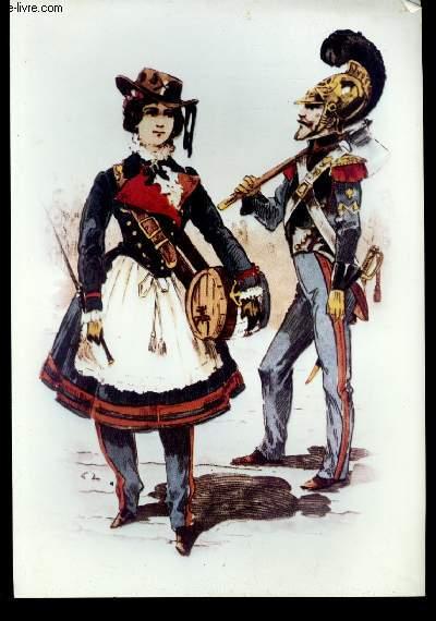 Planche illustrée en couleurs, représentant un pompier en uniforme, armé d'une hache, aux cotés d'une femme en uniforme, tenant un petit tonneau sous son bras.