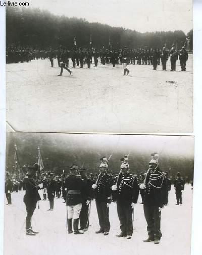 Lot de 2 photographies anciennes originales en noir et blanc, d'un défilé militaire à Granoble. Années 1940 - 1950