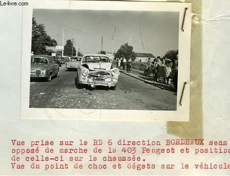 Lot de 6 photographies originales prises sur les lieux d'un accident, à Lacanau en 1963, entre une 403 Peugeot Leroy et Une Simca Chambord Renon.