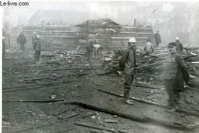 Photographie de l'Explosion dans une Fabrique de Grenades, rue de Tolbiae n°168, le 21 octobre 1915