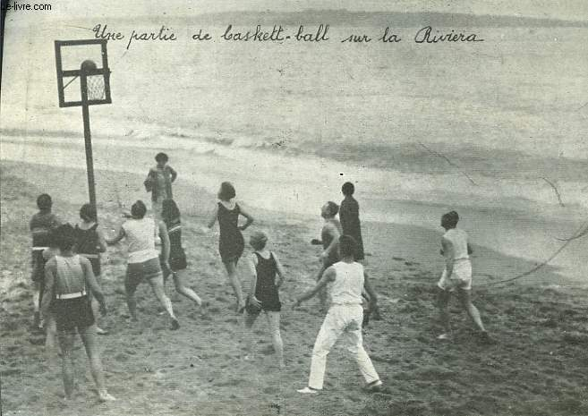 Photographie d'une partie de baskett-ball sur la Riviera. Cannes.