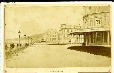 1 photographie originale, albumin�e en noir et blanc, du Casino de Deauville
