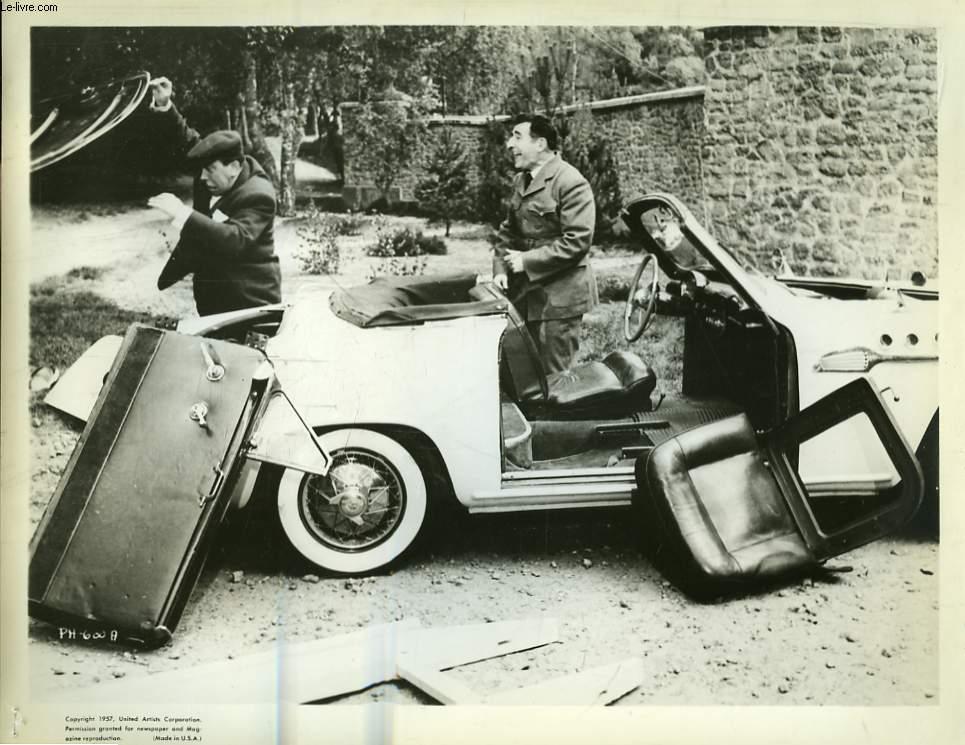 Une photographie professionnelle, argentique de Fernandel (Extraite d'un film. Ph-600 A)