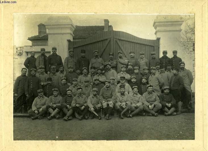 Une photographie originale, d'un Régiment Militaire à Jarnac, le 20 février 1914