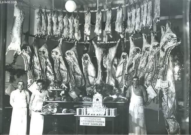 Une reproduction photographique des Abattoirs - Bouchers des Produits Julien (Auch)