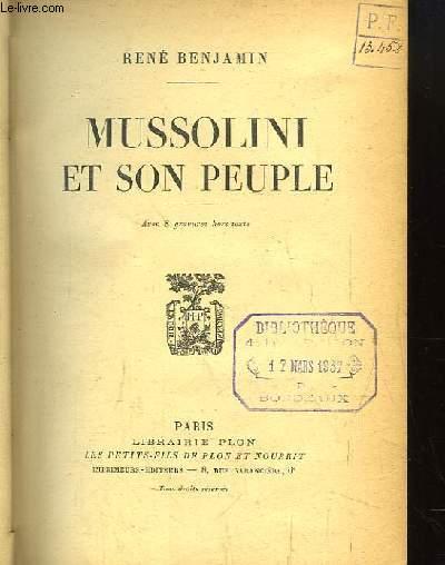 Mussolini en son peuple.