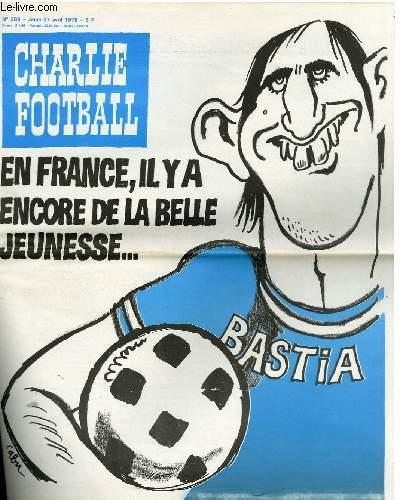 CHARLIE HEBDO N°389 - EN FRANCE IL Y A ENCORE DE LA BELLE JEUNESSE ...