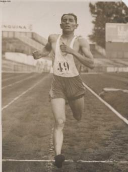 Photo ancienne situee - le 47° championnat de france d athletisme