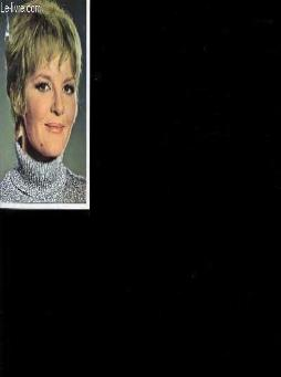 1 photo en couleur de petula clark